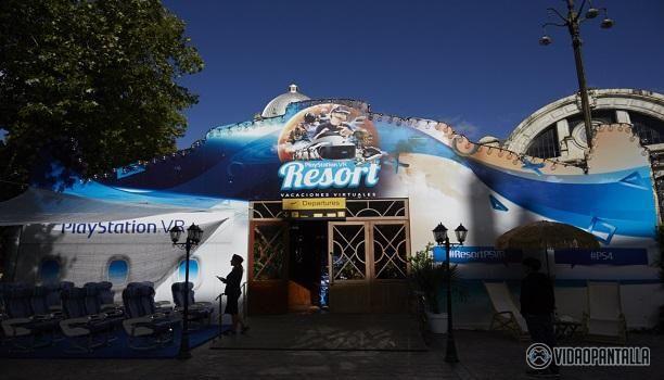 Hoy hemos podido asistir a la inauguración de la iniciativa de Sony para fomentar sus gafas de realidad virtual elPlayStation VR Resort. En el Gran Teatro Príncipe Pío hemos podido probar una amplia gama de títulos con el objetivo de disfrutar de diferentes experiencias en el que se busca simular un centro de vacaciones virtuales en el centro de Madrid.  El principal incentivo para asistir al PlayStation VR Resort es probar la demo del Gran Turismo Sport versión en realidad virtual de la…