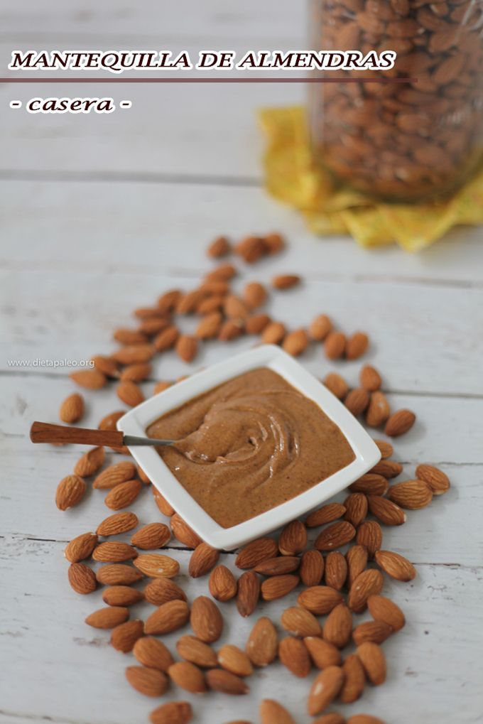 Esta receta de mantequilla de almendras casera es muy facil de preparar y solo necesitas de muy pocos ingredientes. Sin gluten, sin azucares procesados.