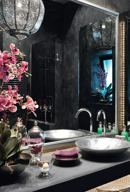 yes please..a little dark for my taste but its still really prettyPink Flower, Beautiful Bathroom