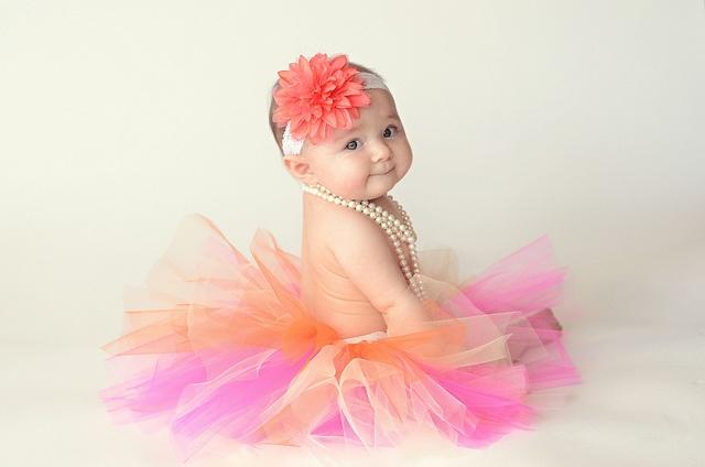 6 month pic idea. I need to make Ella a cute tutu!