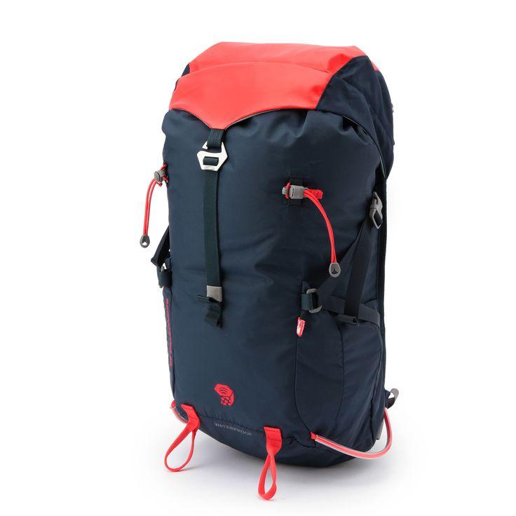 """ミニマムな仕様とアウトドライの防水性をミックスしたアタックパック。フレーム、ベルト、ポケットなどは最小限に抑え、軽さとアウトドライの機能にフォーカス。デイハイク、山小屋泊登山からアルパインクライミングまで、多様なシーンで活躍してくれます。<br><a href=""""http://www.mountainhardwear.jp/topics/feature/006775/"""" target=""""_blank"""">バックパック【容量×用途別】チャートマップ</a><br>【スタッフおすすめ記事】<a href=""""http://www.columbiasports.co.jp/mag/2016/10/post-25.html"""" target=""""_blank"""">雨でも安心!アウトドライ防水バ..."""