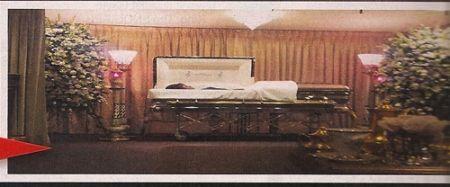 Снимок Уитни Хьюстон в гробу вызвал возмущение близких певицы