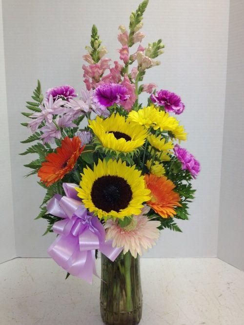 Cheerful happy birthday flowers from Roadrunner Florist ...