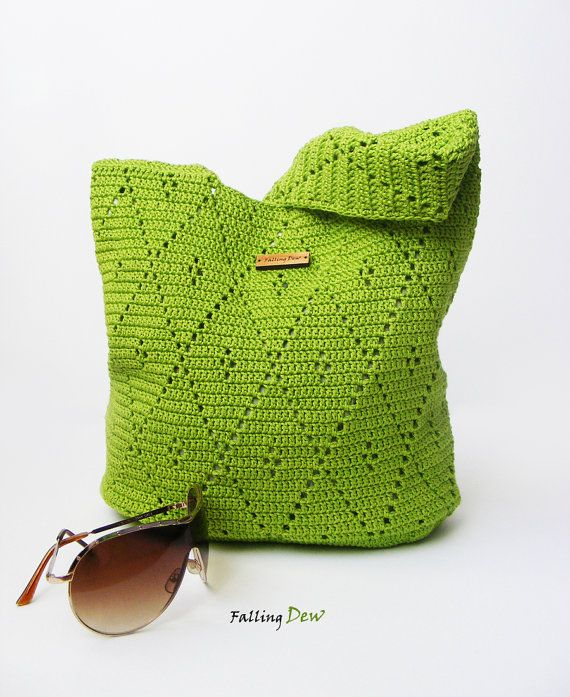 È maglia con mercerise 100% filato di cotone. Cè un bellissimo tessuto verde completo di fodera interna (fodera design può variare) con la tasca per