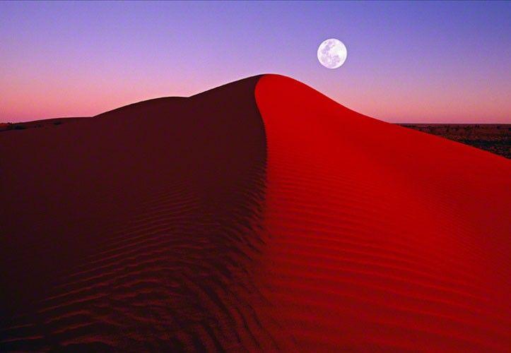 Lunar Fringe - Peter Lik. Simpson Desert, Northern Territory #moon #lunar #desert