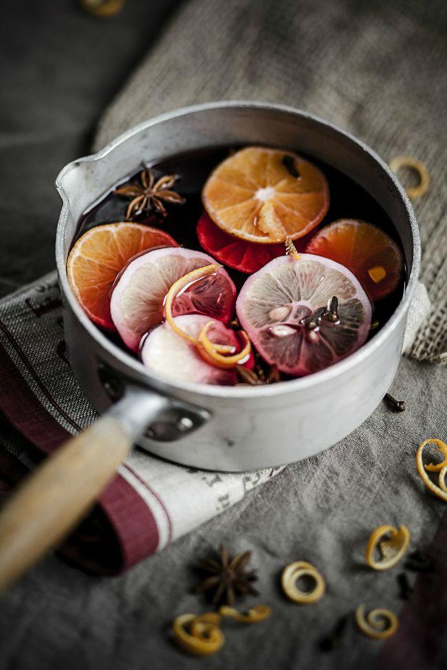 Quel cépage choisir et comment l'apprêter pour en faire un délicieux vin chaud? Les trucs et conseils de notre directrice cuisine-déco.