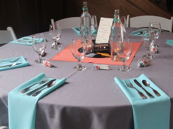 8 Perfect Color Combinations for Your Wedding - Coral, Teal and Light Grey