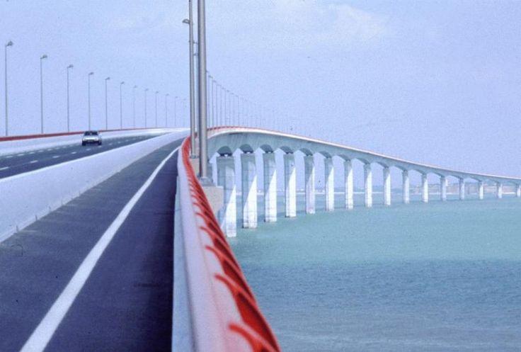 Pont de l'île de Ré | Charente-Maritime Tourisme | #charentemaritime | #bridge | #pont