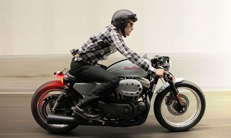 Deus Ex Machina has turned the Harley-Davidson Nightster into a café racer that they call the Deus Specialv Sportster Cafe Racer, Suzuki Cafe Racer, Ax 100 Cafe Racer, Sportster 48, Harley Davidson Sportster 1200, Custom Cafe Racer, Harley Davidson Motorcycles, Custom Motorcycles, Custom Bikes