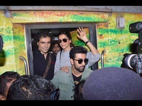 Ranbir Kapoor and Deepika Padukone travelling in train from Mumbai to Delhi for TAMASHA.