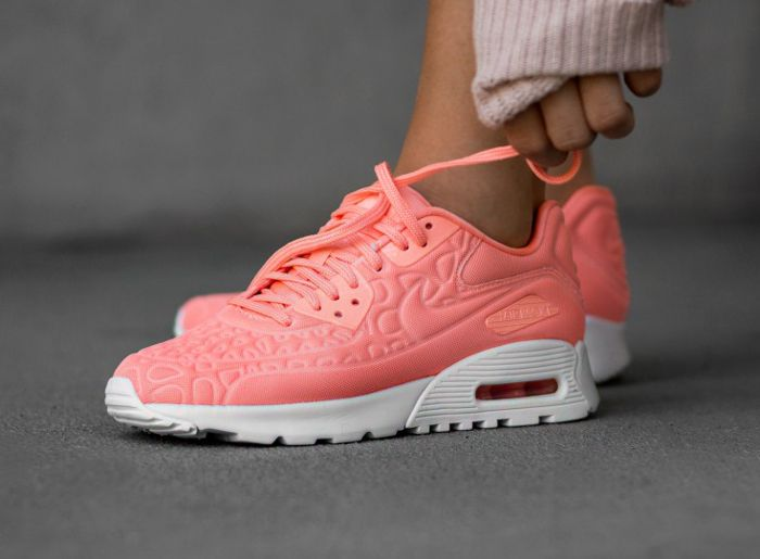 Femme Nike red Chaussures Baskets WMNS Air Max 90 Ultra