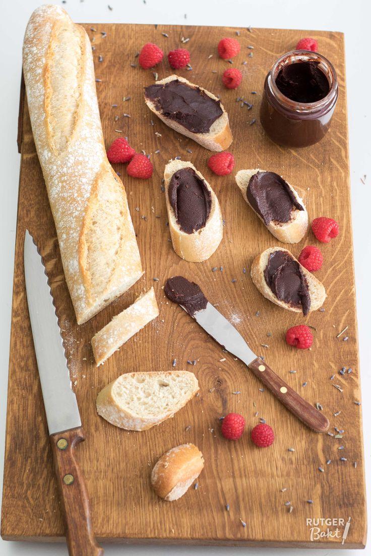 Recept: Frambozen-chocoladepasta met lavendel / Recipe: Raspberry chocolate spread with lavender