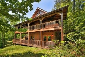 Our Pet Friendly Cabins in Gatlinburg and Pigeon Forge http://www.amazingviewscabinrentals.com/5-secret-health-benefits-staying-pet-friendly-cabin-in-gatlinburg-pigeon-forge/