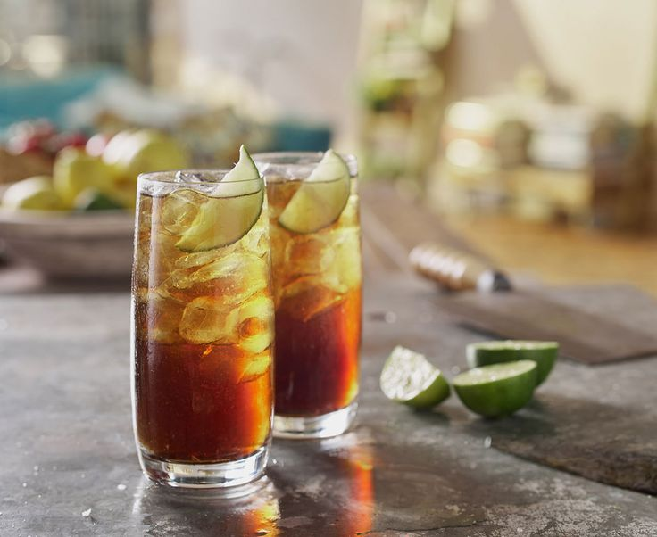 Σε συνεργασία με το Fine Drinking του World Class σας παρουσιάζουμε το Don Julio Blanco Tequila Batanga, έναν χαλαρό cocktail με τρία μόνο συστατικά, για να ξεδιψάσετε τους καλεσμένους σας στο άψε σβήσε!