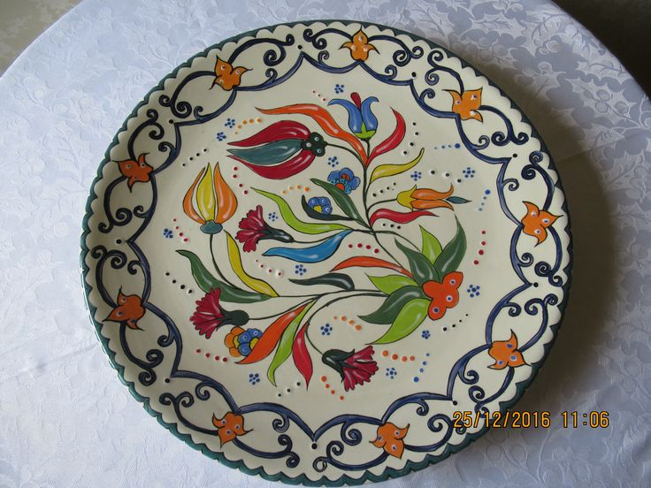 plato cerámica, pintado a mano  patricia aliste