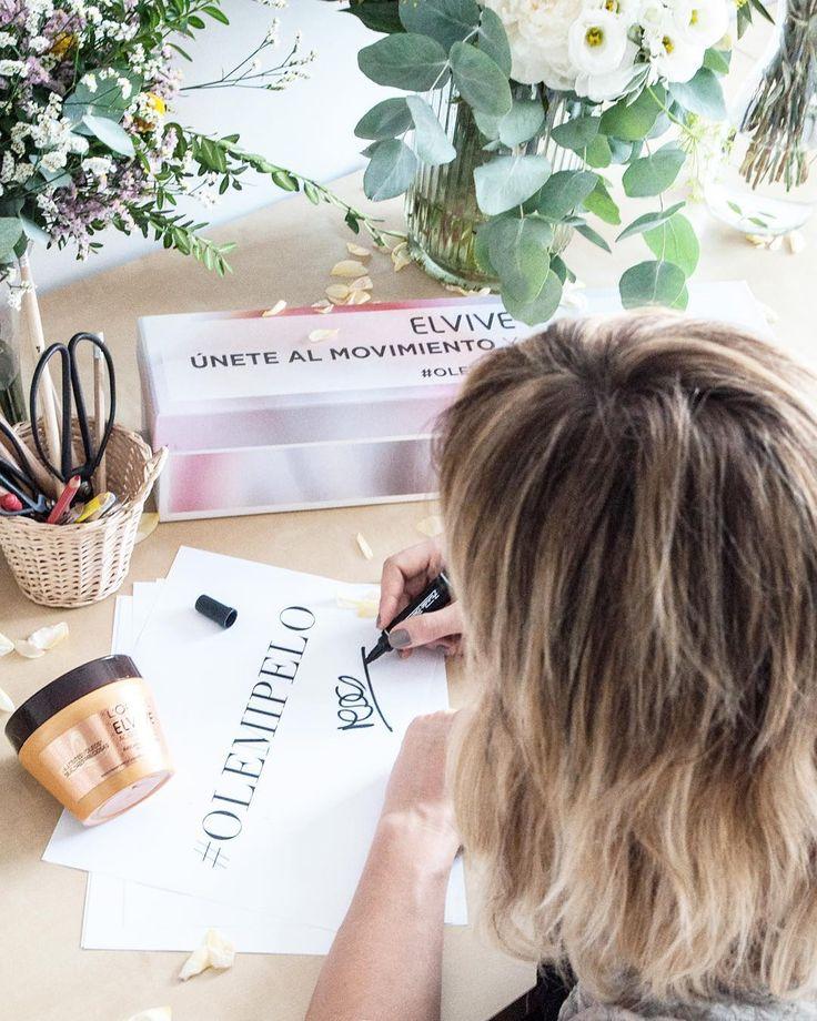 Todo un honor el haber sido elegida por Elvive como embajadora del movimiento #Olemipelo. Si, como yo, estáis muy orgullosas de vuestro pelo, compartid, bajo el hashtag #olemipelo, una foto con vuestra mascarilla Elvive y contando qué es lo que más os gusta de vuestra melena. Se sorteará un viaje a París entre todas las participantes! Os animáis? ✨🌿💦 #EmbajadoraElvive #GraciasElvive