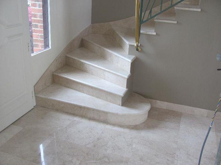 escalier en marbre luna beige
