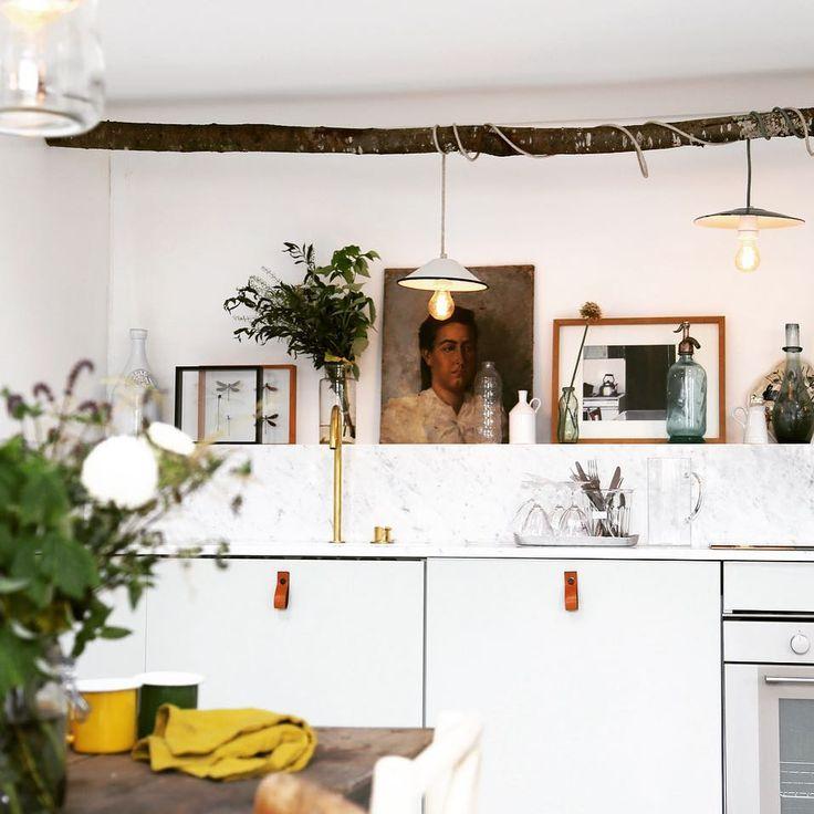 """367 mentions J'aime, 19 commentaires - Zoé de Las Cases (@zoedelascases) sur Instagram : """"New home #kitchen #décoration #paris #zoedelascases"""""""