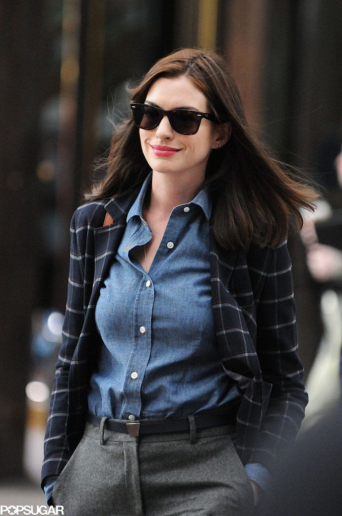 Anne Hathaway filmed The Intern in NYC on Wednesday. | This Week's Can't-Miss Celebrity Pics! | POPSUGAR Celebrity