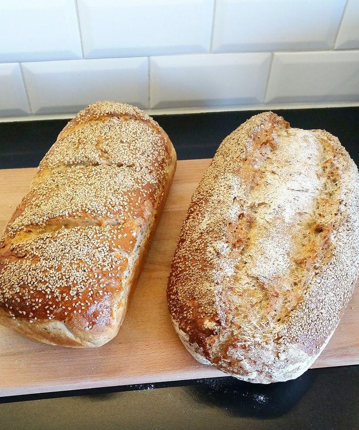 Ett saftigt bröd fyllt med linfrön, solroskärnor, grovt rågmjöl och vetekli. De ska skållas först, vilket ger ett otroligt saftigt och gott bröd.