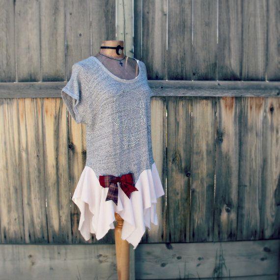 Grey Skull Shirt Lagenlook Clothing by BrokenGhostClothing on Etsy