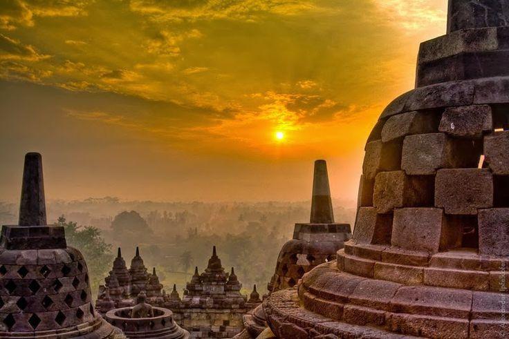 RENTAL MOBIL JOGJA MURAH | JOGJA CAHYA TRANSPORT: Special Package Borobudur