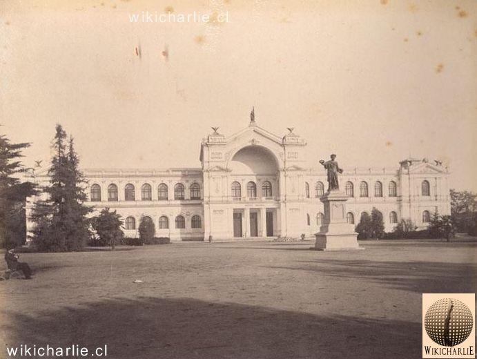 WikicharliE:El Museo Nacional de Historia Natural es uno de los más antiguos de América; fue fundado el 14 de septiembre de 1830. La imagen corresponde a 1890