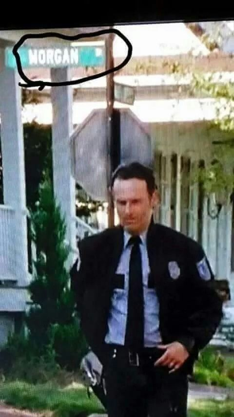 """The Walking Dead 5x13 """"Forget"""" Morgan St. Noticed this too. I hope Morgan shows up soon. I'm dying to find out what he's up to"""