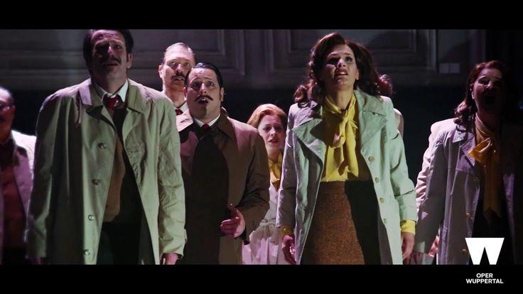 Wuppertaler Bühnen: AscheMOND ODER THE FAIRY QUEEN (Trailer)   Filmproduktion Siegersbusch Wuppertal 2017 Wie durch unsichtbare Gravitation aneinander gefesselte Planeten umkreisen sich in AscheMOND die Barockmusik Henry Purcells und die Kompositionen Helmut Oehrings. Das zentrale Motiv der Sonnenfinsternis steht dabei auch für die überwältigenden Dimensionen in denen sich dieses Umkreisen und Kollidieren vollziehen wird. AscheMOND singt von jenen Kräften welche die Erde zum Drehen bringen…