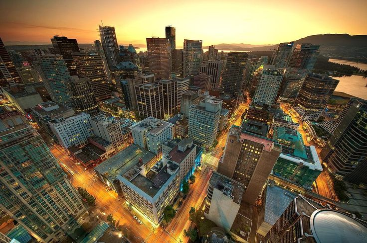 RT @wesgroup: Amazing shot of downtown #Vancouver by Magnus Larsson. Looking down from @Harbour_Centre: