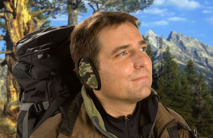 Don't forget it can be chilly hiking and camping in the summer at 14,000 feet.  Ear Mitts are your solution for dad's backpack gift!  Outdoor Industrial Fleece Bandless Ear Muffs. http://www.amazon.com/dp/B001FOOG2I/?_encoding=UTF8&ref=olp_product_details