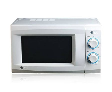 This LG microwave oven has 3 auto defrost levels which ensure enough flow of hot air inside, giving you evenly cooked dishes.Deal Price – Rs 4810/- The LG MS-2049UW Solo 20 Ltr Microwave Oven is a solo microwave oven which makes your cooking process