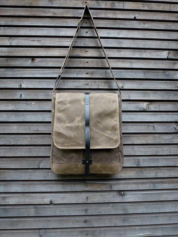 Messenger Tasche in gewachstem Canvas mit verstellbarer Schultergurt UNISEX