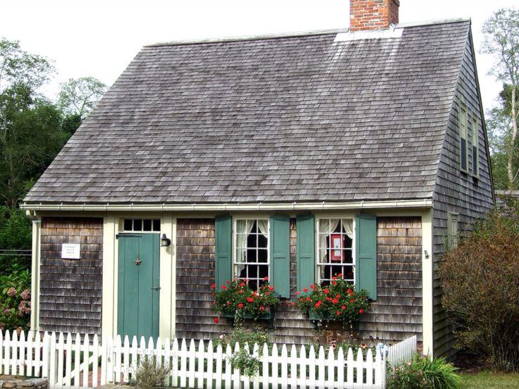 Nantucket cottage.⛵️⛵️