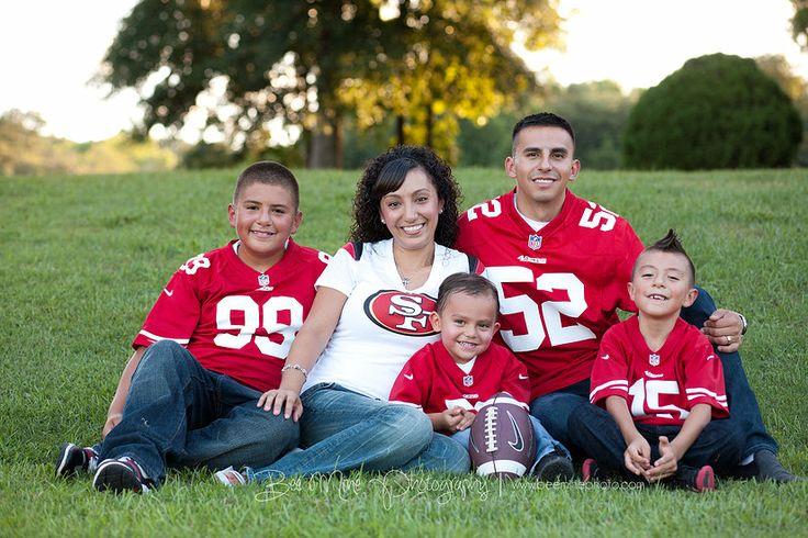 Bee Mine Photography | Canton Ohio Photography | Family Photos | Family Pictures | Sports family pictures