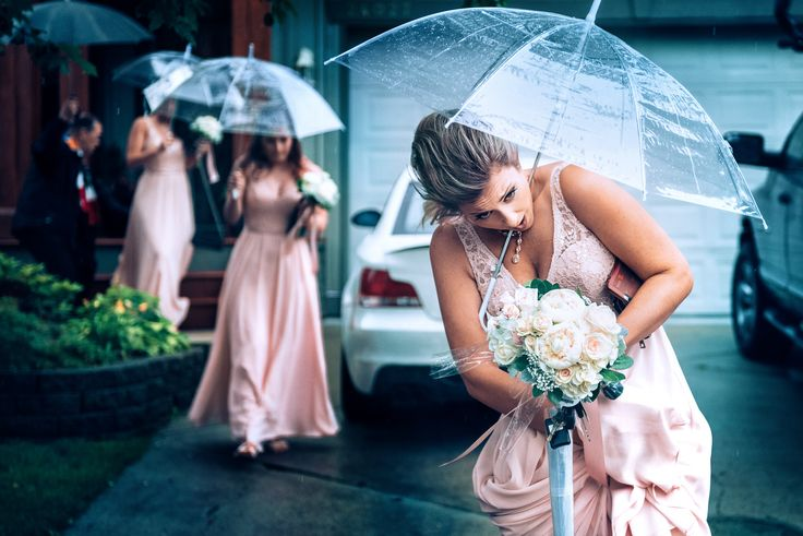 vancouver rain wedding photography
