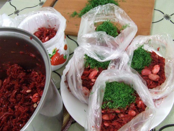 Готовим зажарку для борща осенью для заморозки Заморозка овощей в морозильном шкафу Как приготовить борщевую заправку для заморозки в морозильном шкафу Витам...
