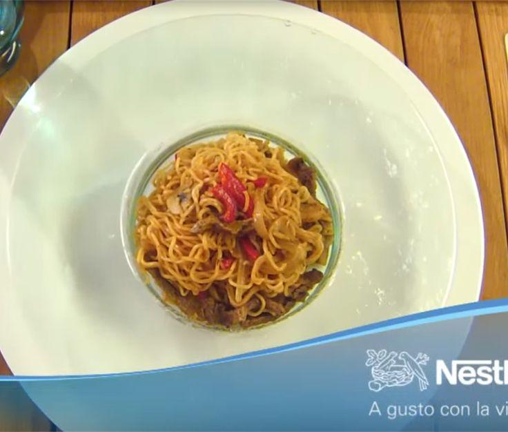 """""""Jugoso Al Wok Fideos Con Ternera Y Verduras"""" en Nestlé Cocina #recetas #nestlecocina #menuplanner #cocina"""