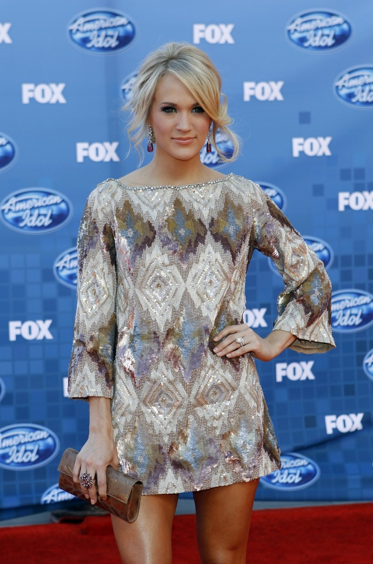 Carrie Underwood At The American Idol Finale 2011 In A Ls Dress