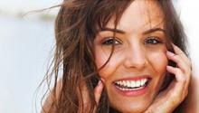 Stomatologia estetyczna.  Białe i zdrowe zęby to nasza wizytówka, która pozwala nam czuć się pewniej zarówno w życiu zawodowym jak i prywatnym. Śnieżnobiały uśmiech to w obecnych czasach symbol sukcesu. Jak wskazują badania, aż 80–90% z nas pragnie białego i zdrowego uśmiechu. #dentistry