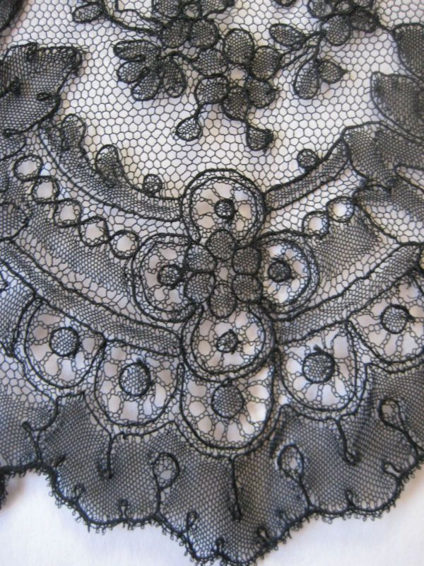 Chantilly bobbin lace, a point ground lace