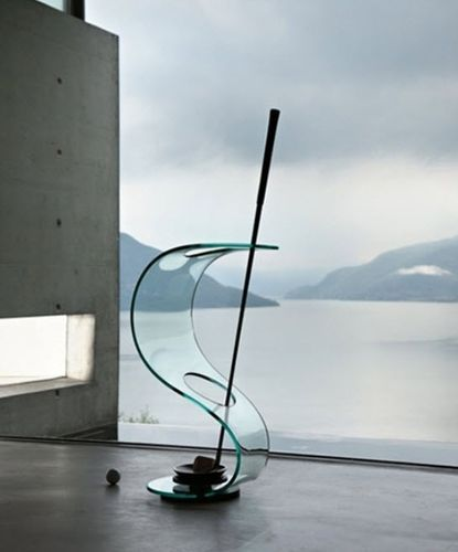 U0027Cobrau0027 Umbrella Stand In 10 Mm Thick Curved Glass With Black Metal Base.