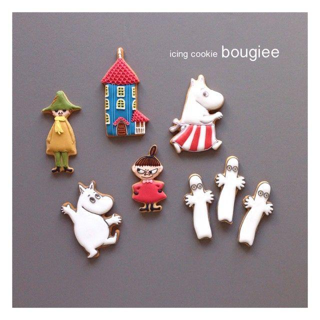 「ムーミン谷の仲間たち! 勢揃いしましたよー‼︎ クッキー型はフィンランドmartinex社のもの。 この6種類が新作として発売されました! どれも大きさが丁度良くってアイシングしなくても十分楽しめる繊細なラインが出る抜き型です☺︎ #bougiee #icing #icingcookie…」