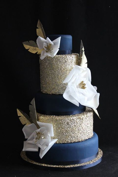 wedding cake navy blue and gold 17 best ideas about navy wedding cakes on blue 23301