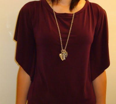 Draped Jersey Circle Top Tutorial  Love these shirts.  I'm going to try this