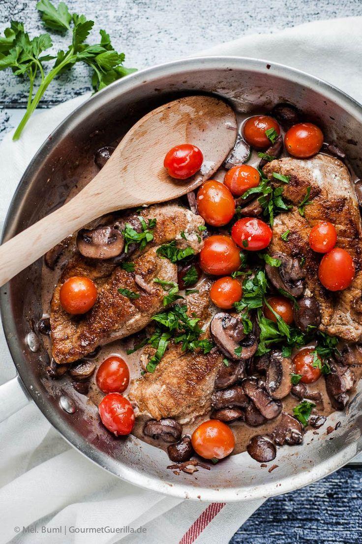 {Low Carb} Betrunkene Hähnchenschnitzel Masala mit Champignons und Tomaten - GourmetGuerilla