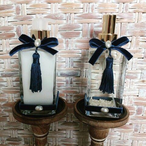 Kit para padrinhos - batizado do Valentim. Home spray e sabonete perolado no aroma baby. Um aroma delicado e que remete ao cheiro de neném. #aroma #aromatizante #aromattica #baby #batizado #padrinhos #padrinhosbatizado #cheirinhodebebe #piracicaba