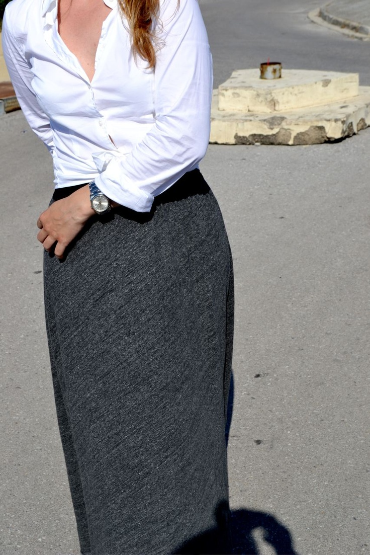 American Vintage long skirt, knotted shirt