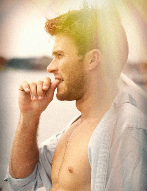 Scott Eastwood Shirtless Pictures- Photos of Scott Eastwood
