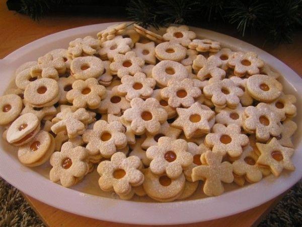 Fantastické linecké koláčiky - Recept pre každého kuchára, množstvo receptov pre pečenie a varenie. Recepty pre chutný život. Slovenské jedlá a medzinárodná kuchyňa